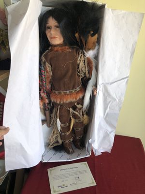 """Golden Keepsakes """"Rolling Thunder"""" Native American Indian Doll 26"""". Condition is New for Sale in San Jose, CA"""