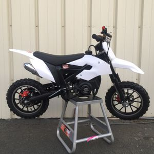 New 50cc Dirt Bike New for Sale in Fresno, CA
