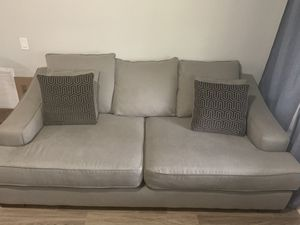 Couch/ sleeper sofa for Sale in North Miami Beach, FL