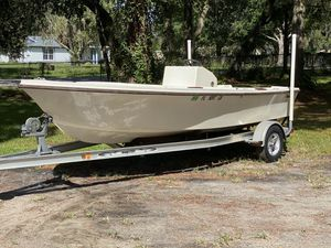 Mako 17ft for Sale in Hudson, FL