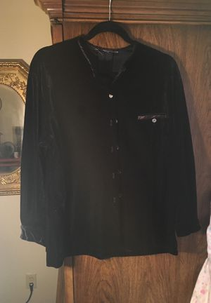Sweet black shirt for Sale in Irving, TX