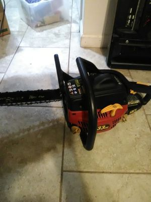Homelite chainsaw almost new runs great for Sale in Fort Worth, TX