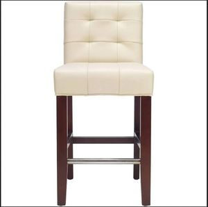 New in box safavieh Thompson counter stool - MCR4511A for Sale in North Royalton, OH