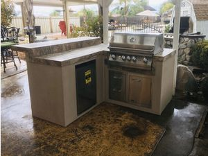 BBQ ISLAND - GRILLS. for Sale in Menifee, CA