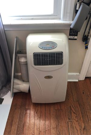 Royal Sovereign Portable AC 9000BTU for Sale in Andover, MA