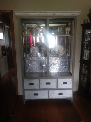 China cabinet two glass shelves all open tons of storage for Sale in Edmond, OK
