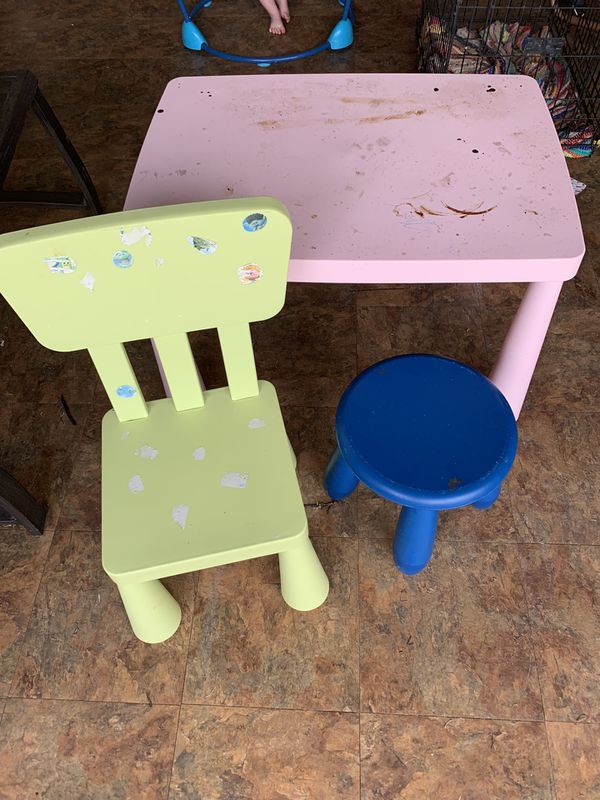 Kids table chair and stool