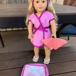 American girl doll spa/salon outfit for Sale in San Diego, CA