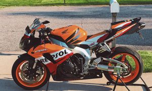 Excellent/price$500/Honda CBR 1000RR/Runs and drives great for Sale in Hartford, CT