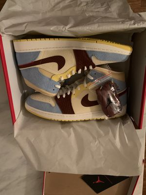 Air Jordan 1 Mid Maison Chateau Rouge Size 16 for Sale in Los Angeles, CA