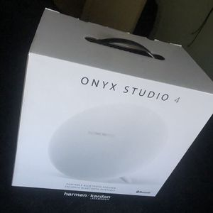 Hardmon KARDON ONYX 4 Bluetooth Speaker for Sale in Miami Gardens, FL