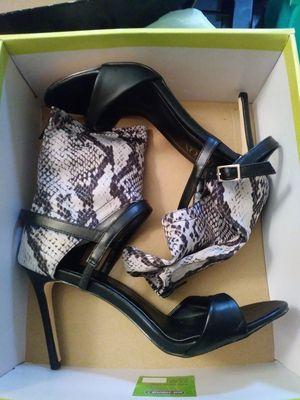 Size 9 women's heels for Sale in Tampa, FL