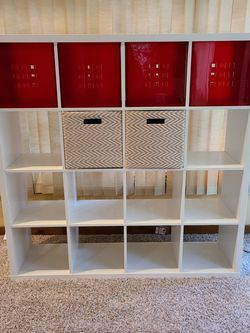 IKEA Book Shelf (16 Cubes W/ 6 Boxes) for Sale in Orlando,  FL