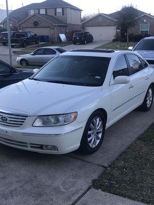 2006 Hyundai Azera testing the waters looking to trade for possible good running boat or jet skies. for Sale in Clodine, TX