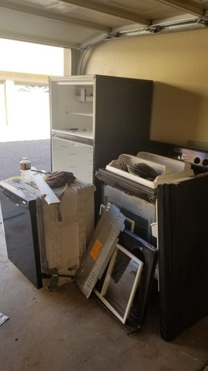 Black appliances for free parts metal for Sale in Tempe, AZ