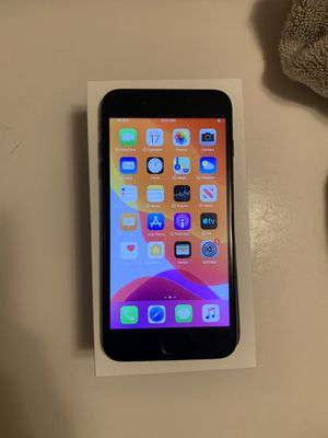 UNLOCKED IPHONE 7 + 128gb for Sale in Renton, WA