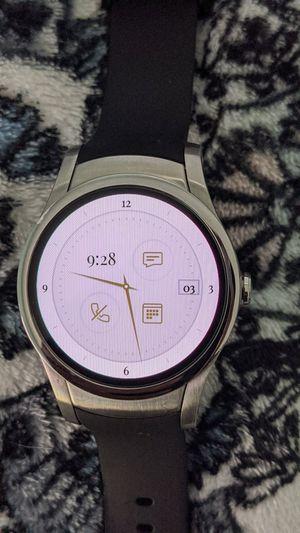 Verizon Wear24 Wear OS Smart Watch 42MM (WiFi or Verizon LTE) for Sale in Glendale, AZ
