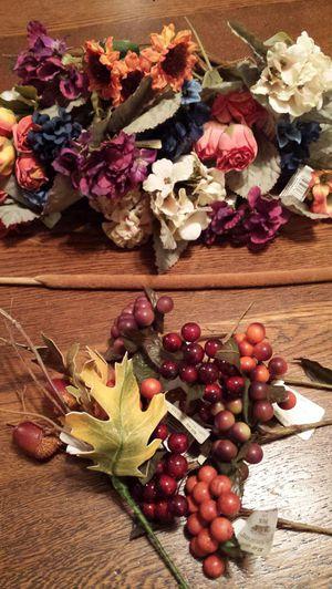 Brand New Fake Flowers & Berries for Sale in Lynnwood, WA