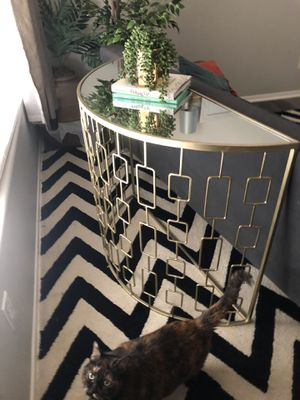 Steel End table - Gold & Mirror for Sale in San Diego, CA