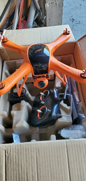 GPS DRONE...WHIT GIMBAL CAMERA AND SCREEN for Sale in Garden Grove, CA