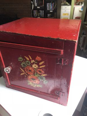 Vintage 1920s Ice Box/Nightstand/Storage Box for Sale in Portland, OR