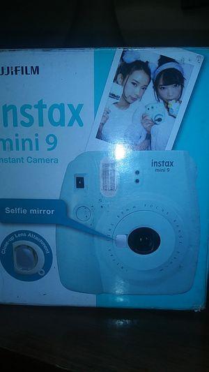 FUJIFILM INSTAX MINI 9 Instant Camera BOX OF FILM INCLUDED for Sale in Atlanta, GA