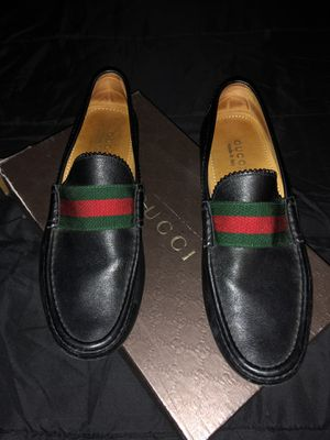 Gucci size 10 for Sale in Lynn, MA