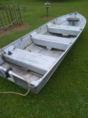 Sea Nymph aluminum fishing boat for Sale in Masury, OH