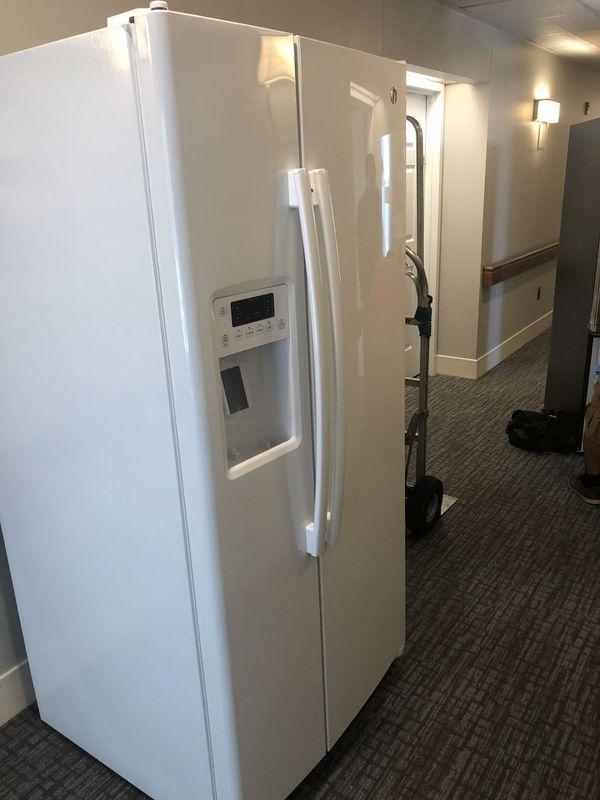 Ge refrigerator everything free delivery in Leesburg Ashburn sterling manassas Reston heardon