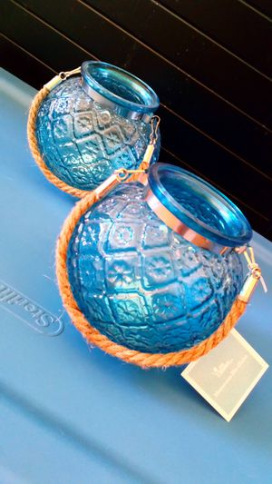 1800flowers exclusive Moroccan Blue globe blue flower pot candle holder for Sale in San Jacinto, CA