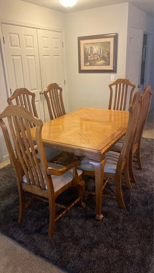 Dining table for Sale in Aloha, OR