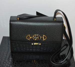 Black Gucci Grainy Leather Small Zumi Shoulder Bag for Women for Sale in Sunnyvale, CA