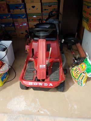 Honda Riding Lawn Mower for Sale in New Port Richey, FL