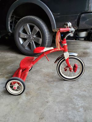 Radio Flyer Tricycle for Sale in Gig Harbor, WA