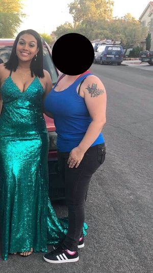 Green Prom Dress for Sale in North Las Vegas, NV