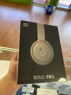 Beats SOLO PRO LATEST EDITION GRAY for Sale in Plantation, FL