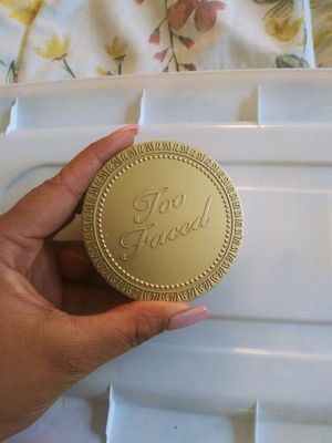 Too faced bronzer for Sale in Garden Grove, CA