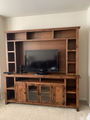 Entertainment Stand (TV NOT Included) for Sale in Gahanna, OH