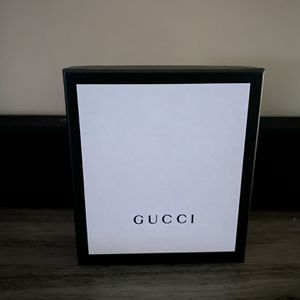 Authentic Gucci Wallet With Original Box And Bags for Sale in Pasadena, CA
