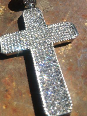 14k white gold diamond cross for Sale in El Monte, CA
