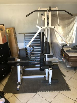 Body solid weight machine for Sale in Moreno Valley, CA
