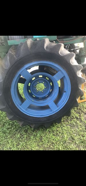 Swamp buggy tractor tires for Sale in Princeton, FL