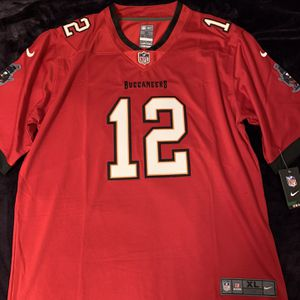 Tom Brady #12 Red Buccaneers Jersey for Sale in Los Angeles, CA