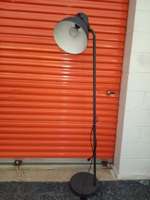 Metal large Lamp for Sale in Hyattsville, MD