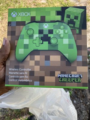 Xbox one controller Minecraft creeper 50 for Sale in St. Petersburg, FL