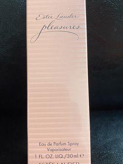 Estee Lauder Pleasures Perfume 1oz for Sale in Tacoma,  WA