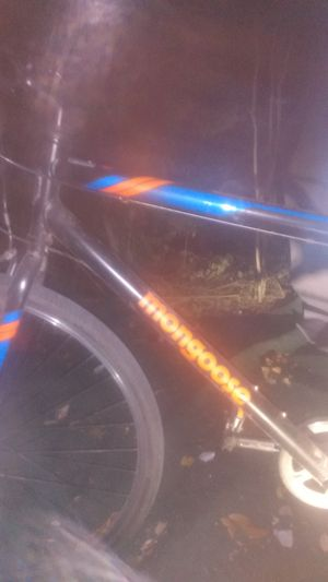 Mongoose Hotshot 700c 7 speed mountain bike for Sale in Austin, TX