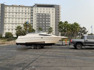 Bayliner Ciera 2655 boat for sale Trailer Included for Sale in Los Angeles, CA