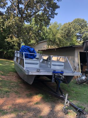 Pontoon for sale for Sale in Hampton, GA