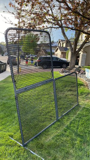 Easton Portable Pitching L Screen for Sale in Highlands Ranch, CO